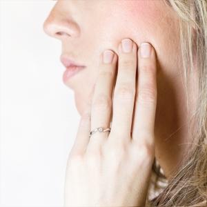 Anillo compromiso oro blanco 1ª ley y diamante 0,19 ct - REF. N-7325/2S 1