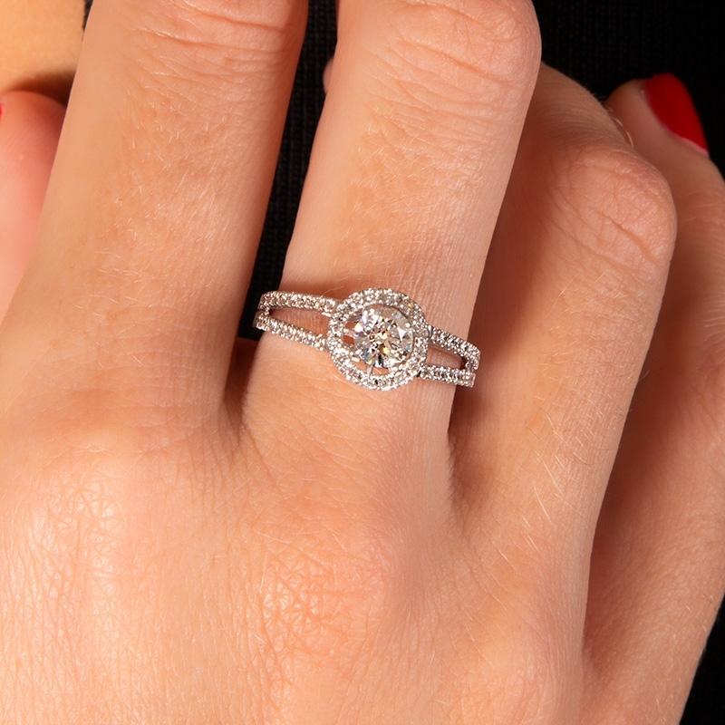 Anillo compromiso oro blanco 1ª ley y orla diamantes. - REF. N-7326S - Movil