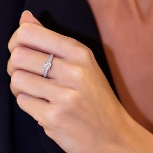 Anillo compromiso oro blanco 1ª ley y diamantes. - REF. N-7332S 1