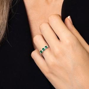 Anillo oro blanco 1ª ley, esmeraldas y diamantes. - REF. N-7341BES 1